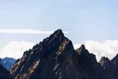 中间钉2,441 m 库存图片
