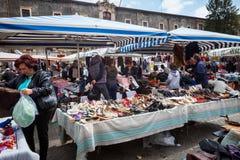 中间人露天西西里人的市场 卡塔尼亚意大利 免版税库存图片