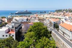 丰沙尔,马德拉岛海岛首都空中都市风景  免版税库存图片