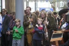 丰足节日庆祝了在Bankside的10月在莎士比亚` s地球之外在伦敦市,英国 库存图片
