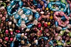 串珠的五颜六色的项链 免版税库存照片