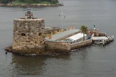 丹尼斯大学悉尼港口海湾的,澳大利亚堡垒海岛 库存图片