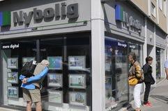 丹麦人学习售屋价格 免版税库存照片