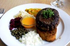 丹麦午餐鱼和PRAISER BOF盘 免版税库存图片