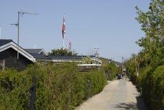 丹麦夏天小屋 免版税图库摄影