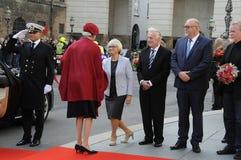 丹麦王室到达PARLIAMNT开头 免版税图库摄影
