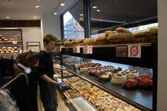 丹麦蛋糕和酥皮点心 免版税库存图片