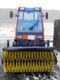 丹麦雪扫除机拖拉机冬天 免版税库存照片