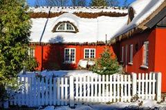 丹麦,冬天红色房子 免版税库存照片