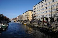 丹麦WEATHER_PEOPLE享受复活节假日 免版税图库摄影