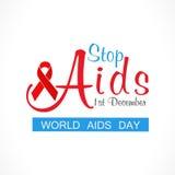 为世界援助天停止与红色援助丝带的援助概念 免版税图库摄影