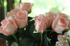 为假日开花美丽的花束 免版税库存图片