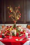 为午餐布置的圣诞节桌 库存照片