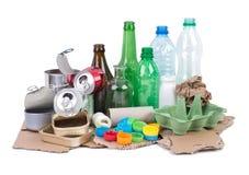 为回收各种各样的垃圾准备的堆 免版税库存照片