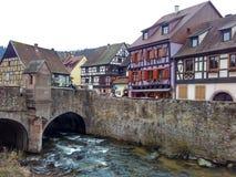 为圣诞节装饰的小城市史特拉斯堡-阿尔萨斯,法国 免版税库存照片