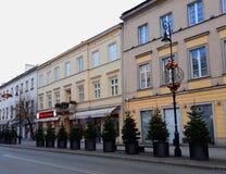 为圣诞节装饰的Nowy Swiat街道早晨 免版税库存照片