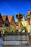 为在rothenburg ob der tauber的复活节装饰的街道 免版税图库摄影