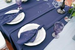 为婚礼聚会装饰的表 空间样式 免版税图库摄影