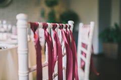 为婚礼装饰的椅子 免版税图库摄影