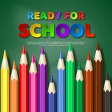 为学校论文裁减与现实五颜六色的铅笔的样式信件准备 黑板背景,传染媒介例证 免版税库存照片