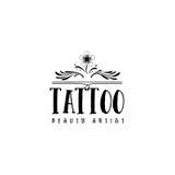 为小企业-美容院纹身花刺艺术家贴纸,邮票,商标证章-设计的,做的手 使用 库存照片
