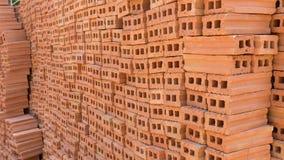 为工业砖块使用的堆在住宅 免版税图库摄影
