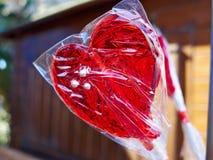 为恋人做的心形的冰棍流行音乐 免版税图库摄影