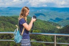 为惊人的landsca照相的旅游旅客摄影师 库存照片