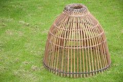 为抓住鱼,泰国样式的竹工艺工具 免版税库存图片