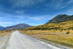 为摄制魔戒电影使用的风景山脉在Ashburton湖,新西兰 库存图片