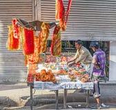 为牺牲奉献物失去作用在Chawri市场在德里 库存图片