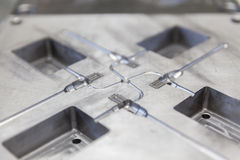为铸造的金属工具 免版税库存照片