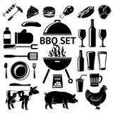 为BBQ党设置的传染媒介 烤,饮料、仪器,肉类型等 免版税库存图片
