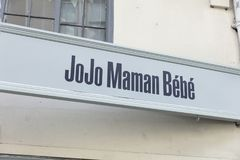 为JoJo Maman Bebe签字在约克,约克夏,英国- 4t 免版税库存照片