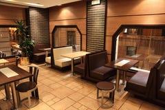主持餐馆小的表视窗 图库摄影