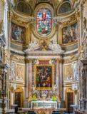 主要法坛在圣玛丽亚小山谷`生命教会里,在罗马,意大利 免版税库存图片