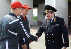 主要董事会的第一副首领俄罗斯陆军中尉类内务部的公路交通安全的  库存图片