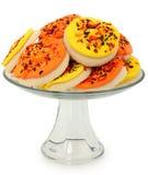 主题曲奇饼秋天盛肉盘被堆积的糖 免版税库存图片