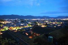丽江古城在晚上 免版税库存照片