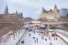 丽都运河滑冰场在冬天,渥太华 免版税库存照片