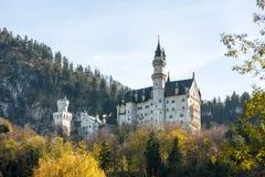 举世闻名的新天鹅堡城堡美丽的景色  库存照片