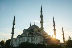 举世闻名的蓝色清真寺在伊斯坦布尔也称Sultanahmet 火鸡 免版税库存照片