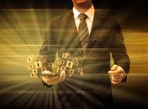 举行智能手机世界技术社交媒介的商人 免版税库存照片