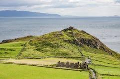 乇顶头陆岬在北爱尔兰,英国 免版税图库摄影