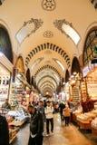 义卖市场伊斯坦布尔香料 库存照片