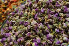 义卖市场埃及人玫瑰色香料茶 免版税库存照片