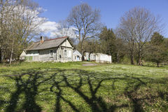 之家在村庄 免版税库存照片