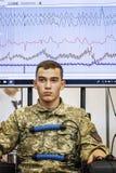 乌克兰军事士兵说测谎器考试乌克兰,基辅10 11 2018年 免版税库存照片