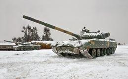乌克兰坦克攻击亲俄国分离主义者的位置 免版税库存图片