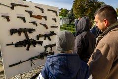 乌克兰指示天祖国的防御者 免版税图库摄影